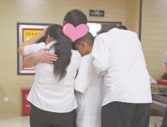 多方帮助 刘氏夫妇22年寻子梦终实现