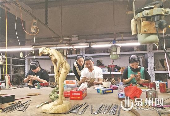 孙文勇:传承惠安木雕技艺 在雕艺路上屡获佳绩