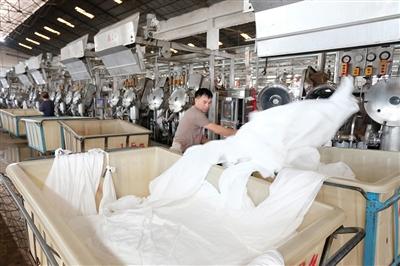石狮聚焦纺织鞋服全产业链提升 上半年出口超20亿元