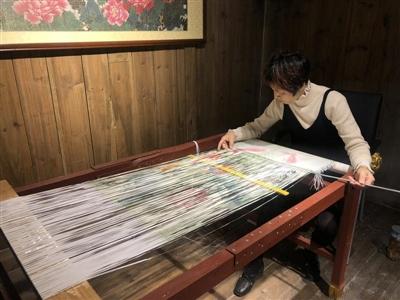 永春纸织画:民间传统手工艺品 极具传承价值