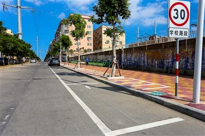 宝盖镇共新增车位近2700个 有效提升交通环境质量